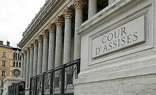 Ils comparaissent devant  la cour d'assises de Lyon (archives).