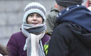 Greta Thunberg manifeste le 3 janvier 2020 à Stockholm devant le parlement.