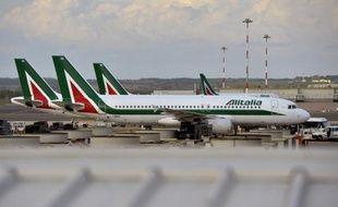 """L'assemblée générale des actionnaires de la compagnie aérienne italienne en difficulté Alitalia a validé """"à l'unanimité"""" le principe d'une augmentation de capital d'un maximum de 300 millions d'euros"""
