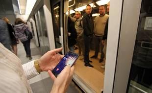 Un homme qui prétendait vendre un iPhone a menacé des personnes à Rennes. Il a été interpellé dans le métro.