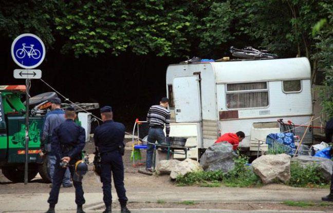 L'évacuation d'un camp Rom à Villeneuve d'Ascq (Nord), le 9 août 2012.