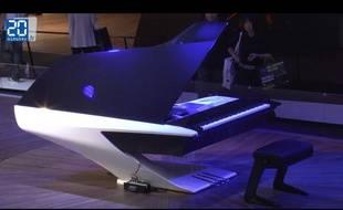 Piano Peugeot design lab pour Pleyel au mondial de l'automobile 2012