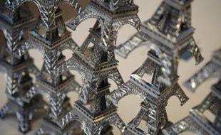 Des Tour Eiffel mignatures
