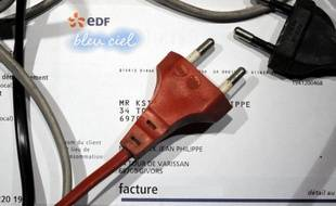 Le prix de l'électricité pourrait grimper en France de l'ordre de 30% d'ici à 2016 si la réglementation existante était appliquée sans modification, a déclaré mardi le président de la Commission de régulation de l'énergie (CRE), Philippe de Ladoucette.