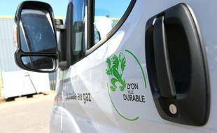 La ville de Lyon débloque 15 millions d'euros pour changer ses véhicules polluants.
