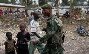 La rébellion militaire qui menace Goma, la capitale du Nord-Kivu, dans l'est de la République démocratique du Congo (RDC), a aussi des répercussions en politique intérieure: elle dresse l'opposition contre la stratégie d'union nationale du gouvernement et attise les tensions entre communautés