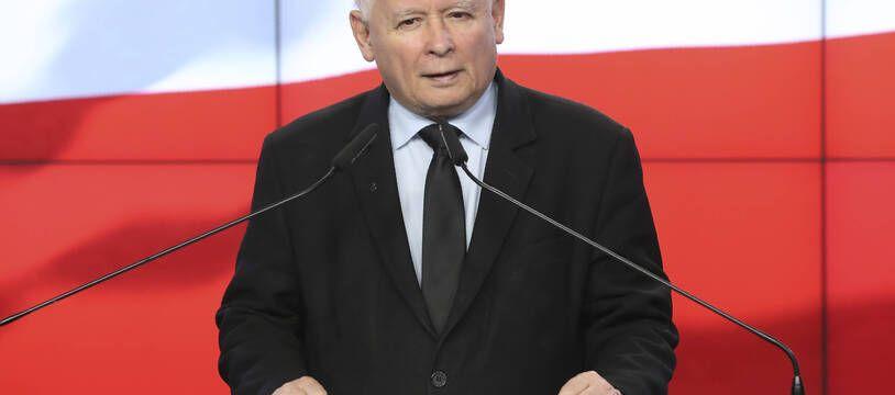 Jaroslaw Kaczynski, le chef du parti nationaliste au pouvoir en Pologne a affirmé que la cyberattaque survenue mercredi 16 juin 2021 et visant la classe politique de son pays venait de Russie