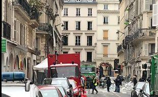 Ce dimanche, au lendemain de l'explosion d'une boulangerie rue de Trévise à Paris, les sapeurs-pompiers étaient toujours à pied d'oeuvre et poursuivaient les opérations de sécurisation du secteur.