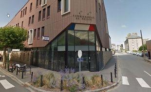 Le décès du jeune homme est survenu samedi soir au commissariat de Saint-Malo.