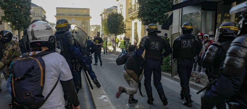 Le syndicat Alliance Police Nationale dénonce la présence de «pseudo-observateurs».