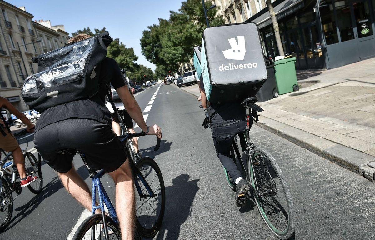 Des livreurs à vélo (illustration). – U.AMEZ / SIPA