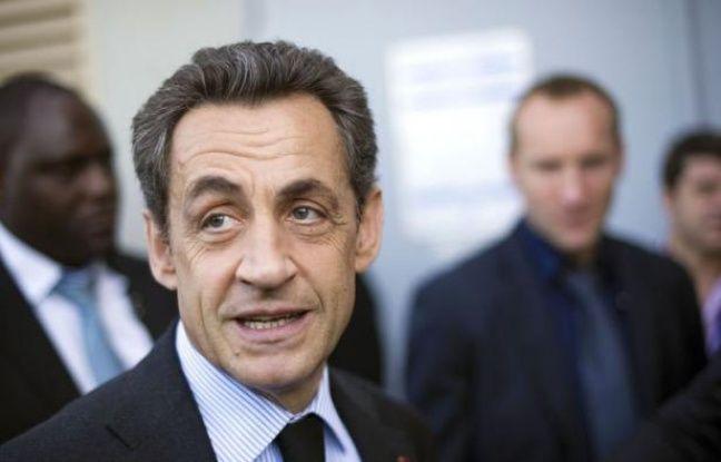 """Nicolas Sarkozy a proposé jeudi de réformer le congé parental, actuellement limité aux trois premières années de l'enfant, pour permettre aux femmes d'""""aménager ce droit entre la naissance et 18 ans""""."""