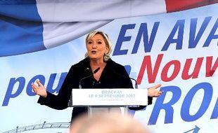 La présidente du Front national, Marine Le Pen, a fait sa rentrée politique dans le village de Brachay (Haute-Marne), le 9 septembre 2017.