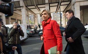 Valérie Pécresse, à la sortie d'une réunion au QG du parti LR, à Paris le 24 avril 2017.