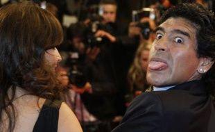 L'une de ses dernières apparitions publiques en France, en mai 2008, lors du Festival de Cannes. Diego Maradona y présente son film, réalisé par Emir Kusturica. Il se doutait peut-être déjà qu'il allait prendre en main la sélection argentine quelques mois plus tard.