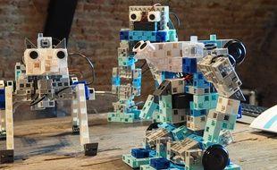 Speechi lance des robots à construire pour apprendre le codage informatique aux élèves.