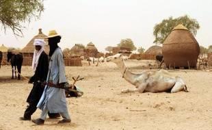 Cinq travailleurs humanitaires, quatre Nigériens et un Tchadien, ainsi qu'un chauffeur nigérien ont été enlevés dimanche soir dans la localité de Dakoro, dans le sud-est du Niger, a annoncé lundi à l'AFP un responsable local.