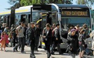 La croissance de la ligne 4 de busway s'avère problématique.