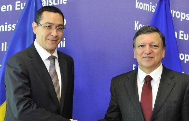 Une réponse des autorités roumaines aux sollicitations formulées jeudi par le président de la Commission européenne, José Manuel Barroso, a été envoyée à Bruxelles, a indiqué vendredi le Premier ministre roumain, Victor Ponta, lors d'une émission télévisée.