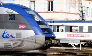 Midi pyr n es les nouveaux tarifs tik mouv 39 entrent en gare for Ter toulouse
