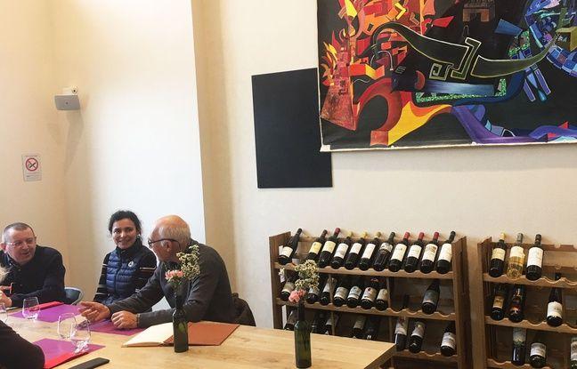 Des cours de dégustation de vin sont proposés aux Tables Vatel à Bordeaux.
