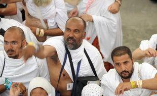 Des centaines de milliers de fidèles ont commencé mardi à Mina, près de La Mecque, le rituel de la lapidation d'une stèle symbolisant Satan, au premier jour de la plus grande fête musulmane, l'Aïd al-Adha.