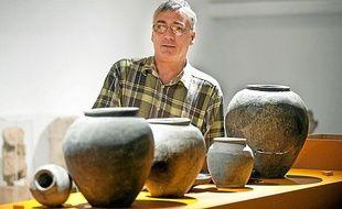 L'archéologue de l'Inrap du grand sud-ouest Christophe Siveix