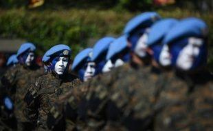 Des soldats guatémaltèques pendant une cérémonie à Campo Marte à Guatemala, le 15 janvier 2016