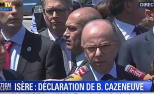 Bernard Cazeneuve à Saint-Quentin-Fallavier (Isère), le 26 juin 2015.
