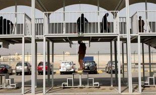 Trois hommes, condamnés à mort pour meurtre, ont été exécutés lundi au Koweït, marquant les premières exécutions dans l'émirat depuis 2007, a annoncé le ministère de la Justice.