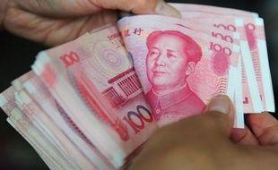 L'excédent commercial de la Chine a fortement augmenté en octobre, à 27,15 milliards de dollars, ont rapporté mercredi les douanes chinoises, un niveau susceptible d'accentuer les pressions sur Pékin pour qu'il laisse s'apprécier sa monnaie.