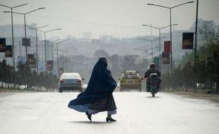 La police afghane a annoncé mercredi l'arrestation de quatre personnes soupçonnées d'être impliquées dans la décapitation d'une jeune femme qui refusait de se prostituer défiant ainsi sa belle-famille.