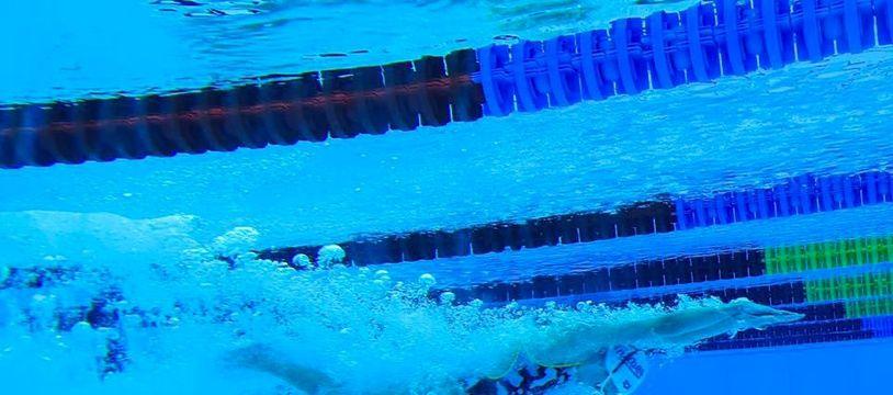 La poussée et la coulée lors du départ peuvent être analysées en images grâce au système vidéo du stade nautique d'Antibes.
