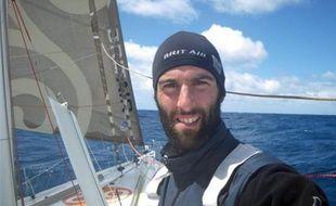Armel Le Cléac'h à bord de son bateau le 7 janvier 2008.