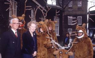 Mandatory Credit: Photo by Peter Brooker / Rex Features (130073a) Margaret Thatcher Christmas Tree Delivered to 10 Downing Street, London, Britain - 1986  /Rex_THATCHER_TO_MP_130073A//1304091821