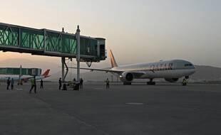 Sur le tarmac de l'aéroport de Kaboul, jeudi.