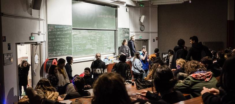 Des étudiants à l'université de Tolbiac à Paris (illustration).