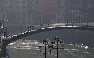 Le pont Merced à Bilbao (Espagne).