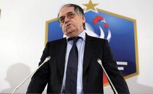 Noël Le Graët a été réélu samedi président de la Fédération française de football avec 83,07% des voix au premier tour du scrutin organisé à l'issue de l'Assemblée générale de la FFF, contre 13,20% à François Ponthieu et 3,72% à Eric Thomas.