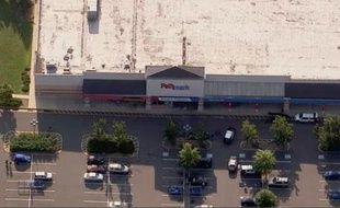 Un supermarché de Old Bridge, près de New York, théâtre d'une fusillade le 31 août 2012.