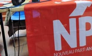 Des dirigeants du NPA ont désormais franchi le pas, appelant clairement à voter pour Jean-Luc Mélenchon au premier tour de la présidentielle, une nouvelle étape de la crise que traverse le parti de Philippe Poutou et Olivier Besancenot depuis des mois.