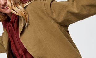 Jusqu'au 7 décembre 2020, Sarenza propose jusqu'à 50% de réduction sur le manteau femme Luna de Levi's.