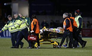 Michael Fatialofa a été gravement blessé lors d'un match avec Worcester.