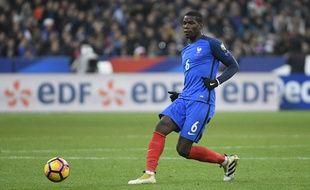 Paul Pogba lors de France-Suède, le 11 novembre 2016 au Stade de France.