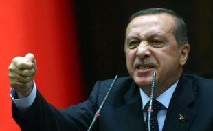 """En souhaitant l'avènement d'une """"jeunesse religieuse"""", le premier ministre turc Recep Tayyip Erdogan a provoqué critiques et inquiétudes chez les tenants de la laïcité, qui le soupçonnent de vouloir islamiser peu à peu la société turque."""