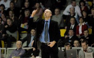 Eric Girard, lorsqu'il était entraîneur de Strasbourg, en 2007. (Archives)