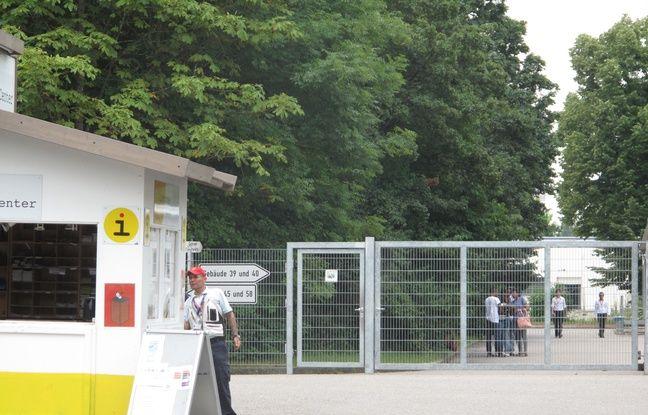 Les allées et venues des migrants à la Bayern Kaserne à Munich.