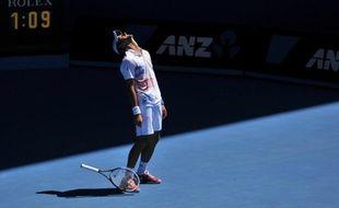 Novak Djokovic, N.1 mondial et tenant du titre, a enregistré une nouvelle victoire de routine en trois sets 6-3, 6-2, 6-1, face au Colombien Santiago Giraldo, pour se qualifier pour le troisième tour de l'Open d'Australie, jeudi à Melbourne.