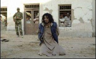 """""""The road to Guantanamo"""" de Michael Winterbottom: ce film coup de poing raconte l'odyssée vraie de trois jeunes Britanniques depuis Tripton, petite ville proche de Birmingham, jusqu'à Guantanamo sur l'île de Cuba, via le Pakistan et l'Afghanistan."""