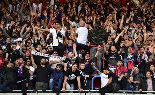 """Les """"ultras"""" du PSG de retour au Parc contre Bordeaux"""